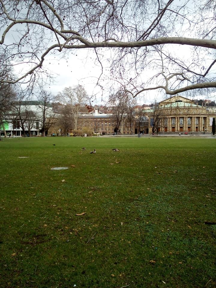 Stuutgart, Blick über den Park auf die Staatsoper